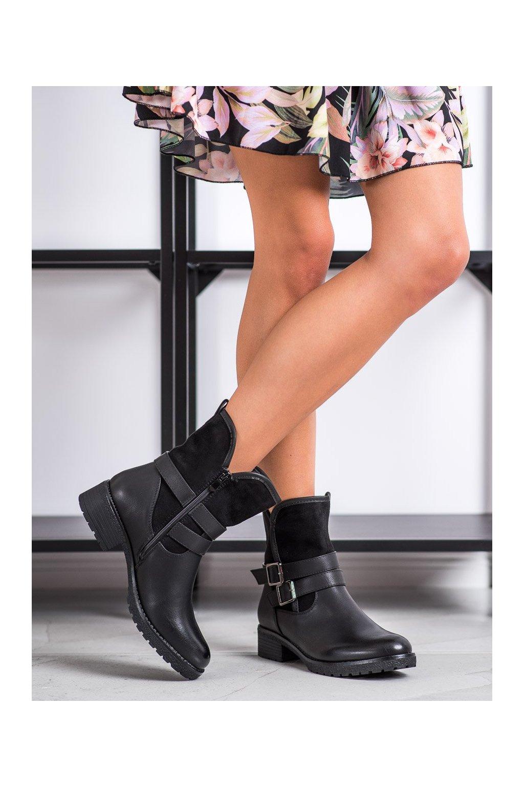 Čierne dámske topánky Super mode kod 8912B/B