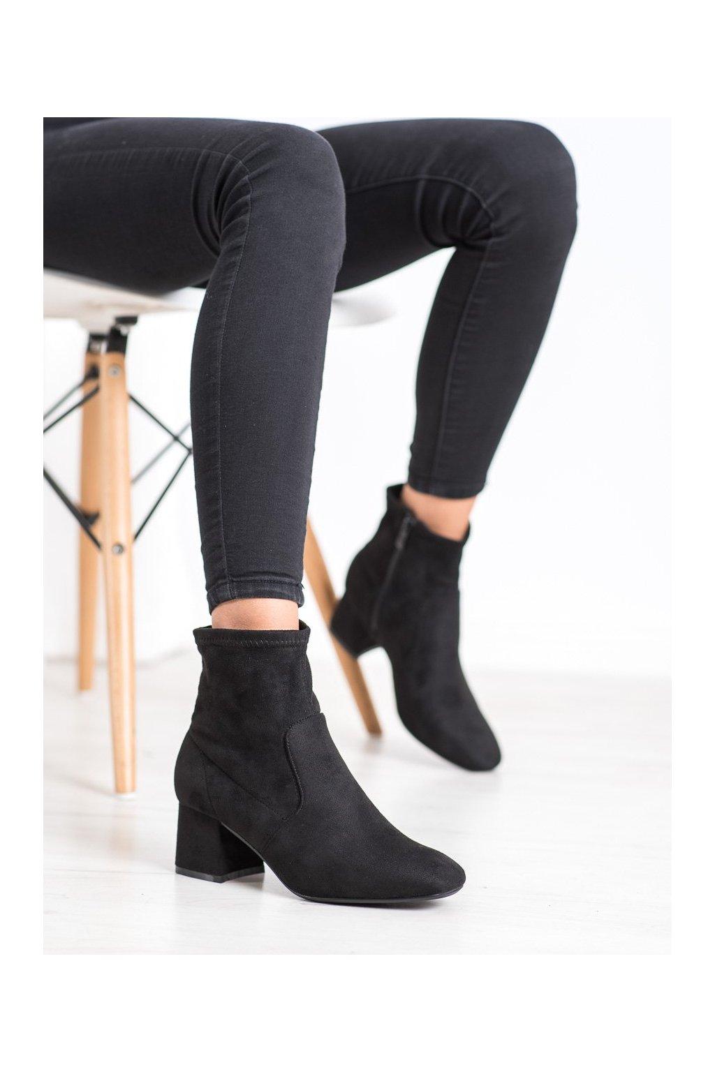 Čierne dámske topánky Cm paris kod 688-A72B