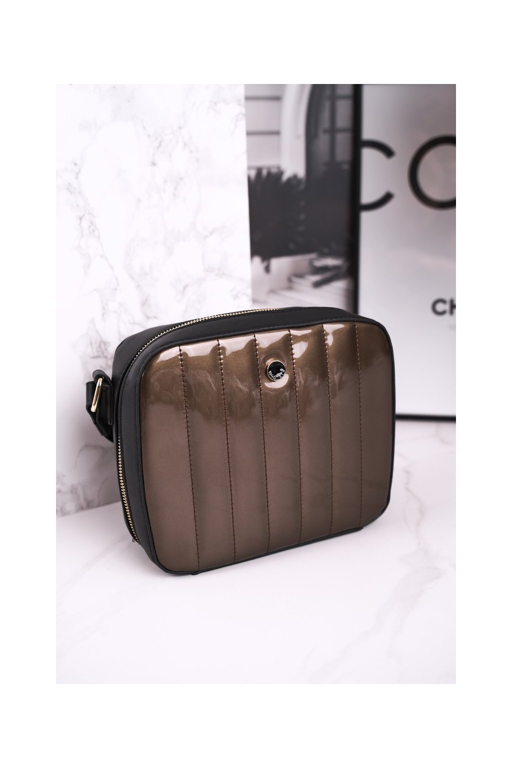 Dámska kabelka čierna kód kabelky BAG4220-019 GOLD