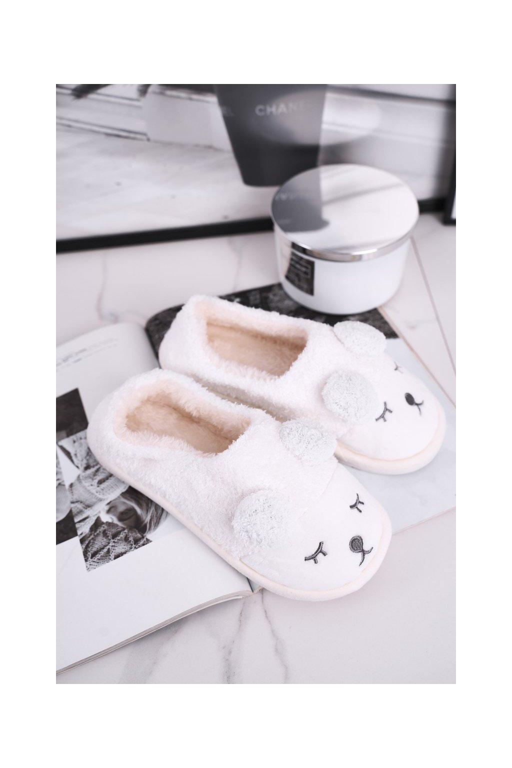 Dámske šľapky farba biela kód obuvi E107 WHITE
