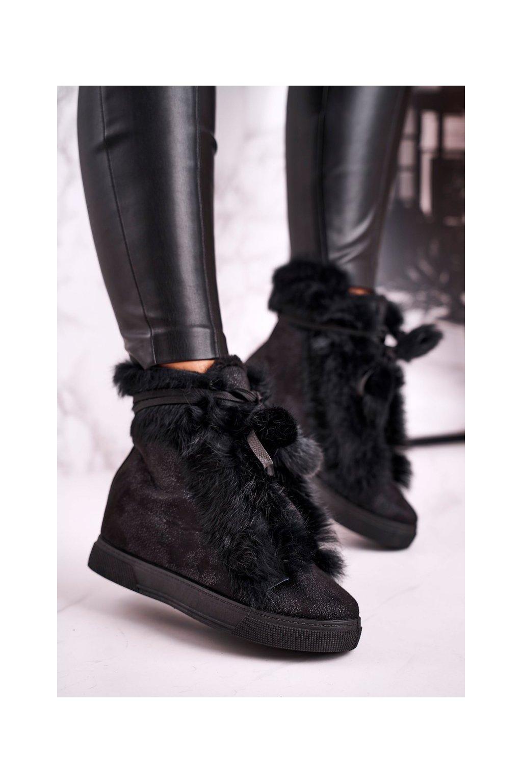 Dámske tenisky farba čierna kód obuvi 33PT02 BLK
