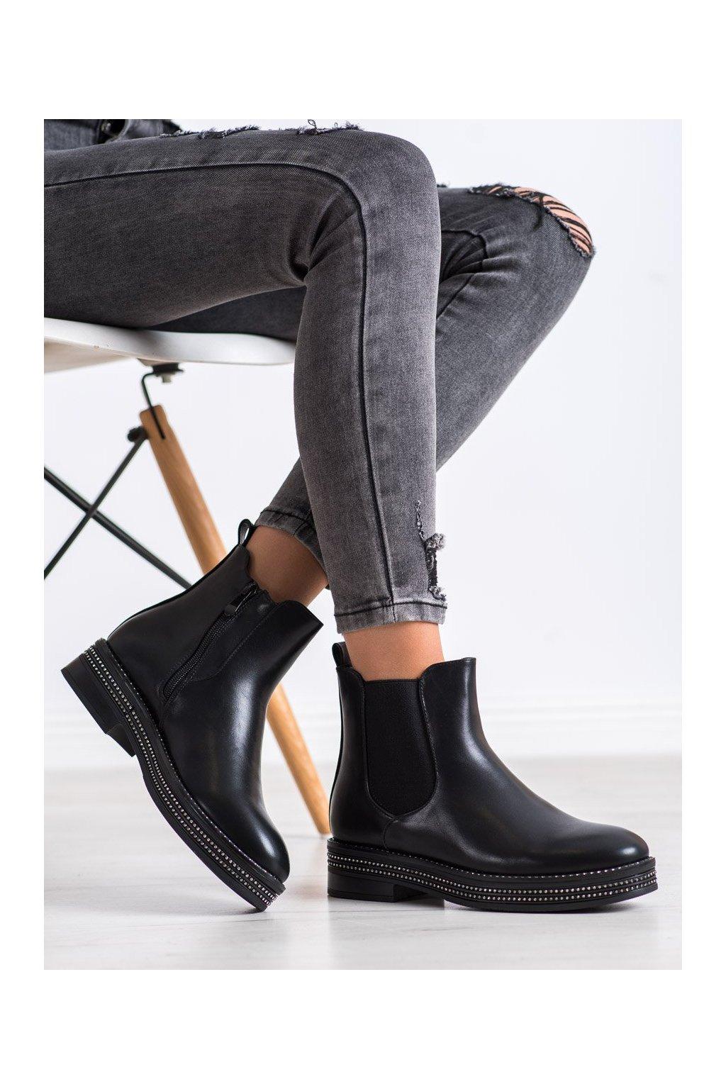 Čierne dámske topánky Shelovet kod 8-X8071B