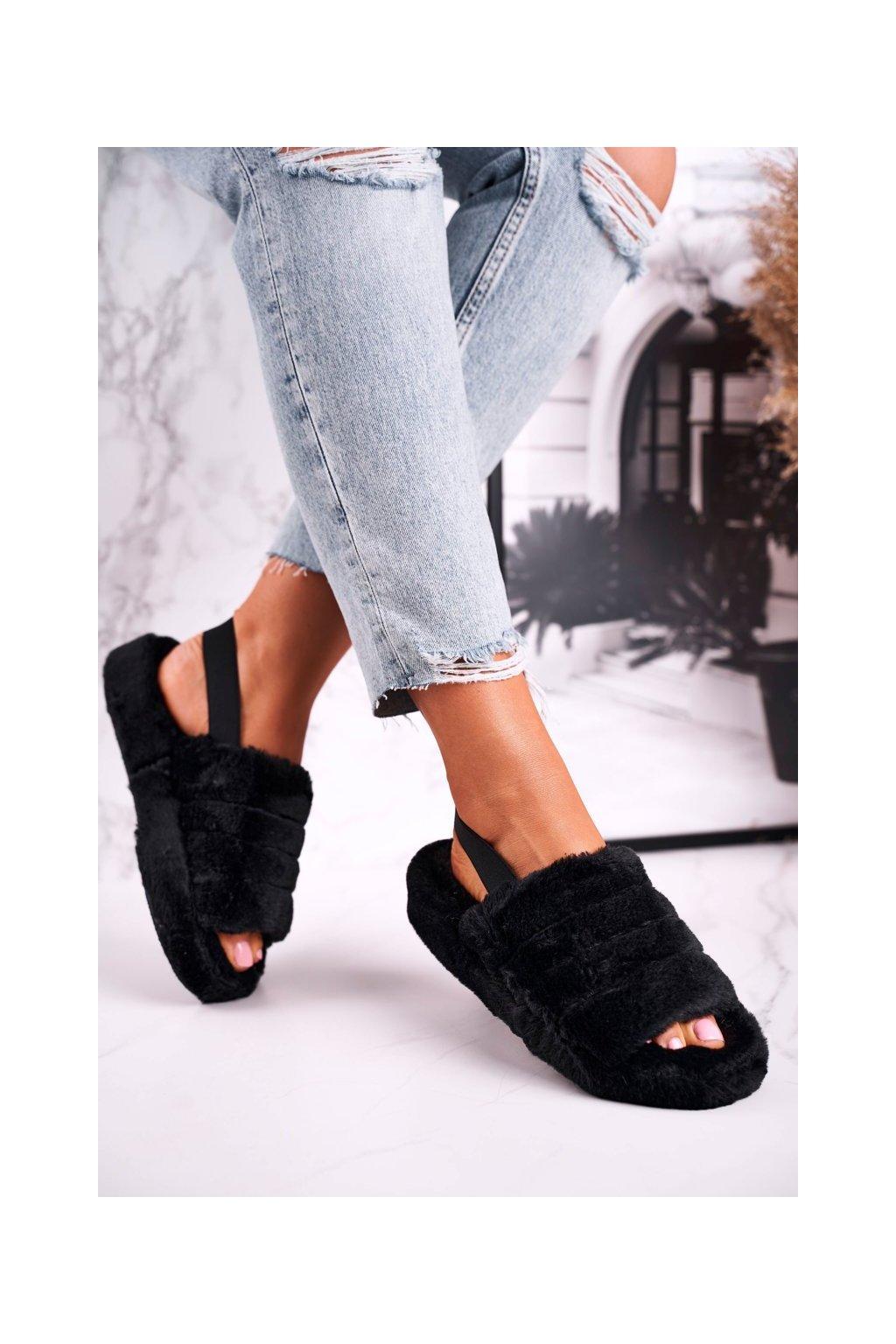 Dámske šľapky farba čierna kód obuvi W-15 BLACK