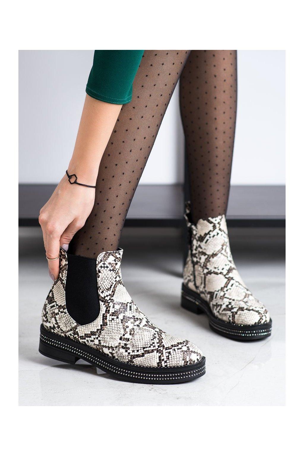 Zvierací motív dámske topánky Shelovet kod 8-X8071SN