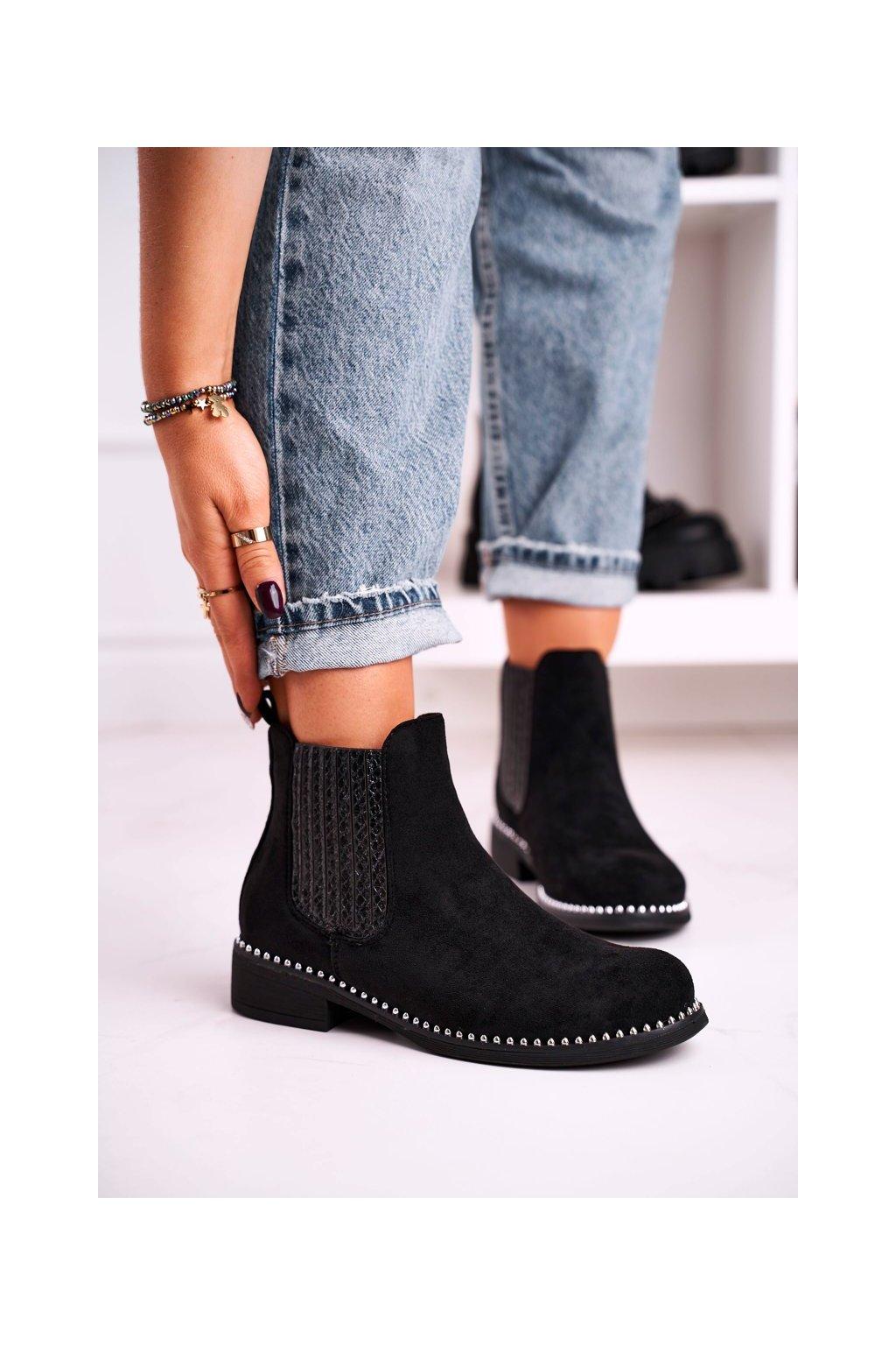 Členkové topánky na podpätku farba čierna kód obuvi HQ231 BLK