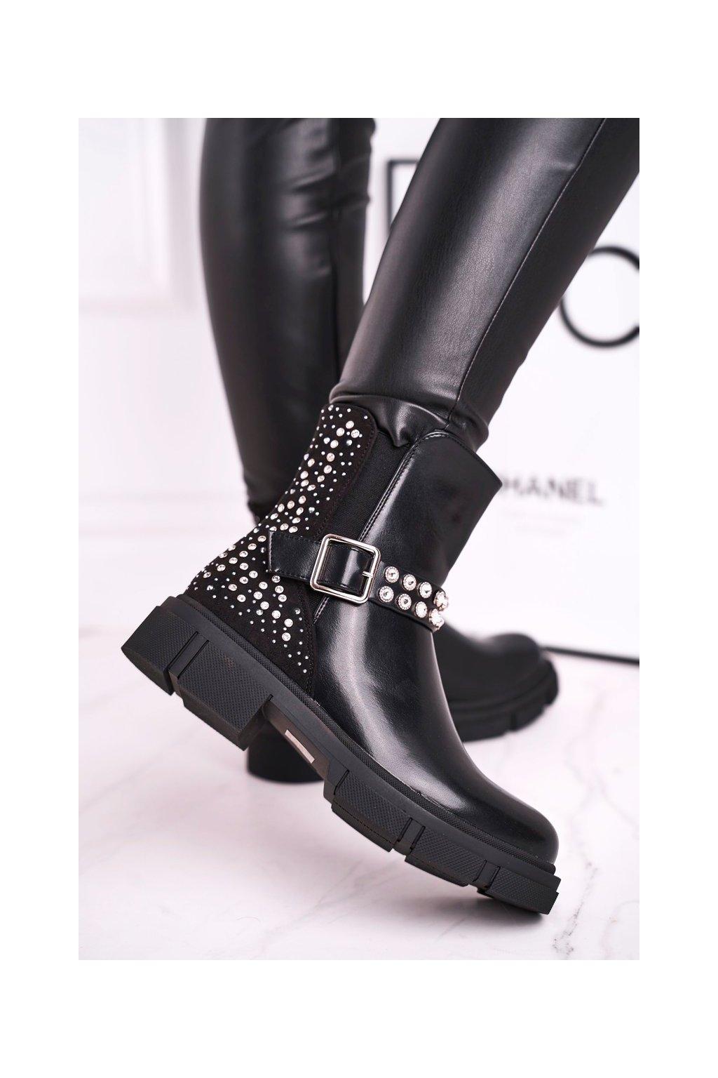 Členkové topánky na podpätku farba čierna NJSK C-162 BLK