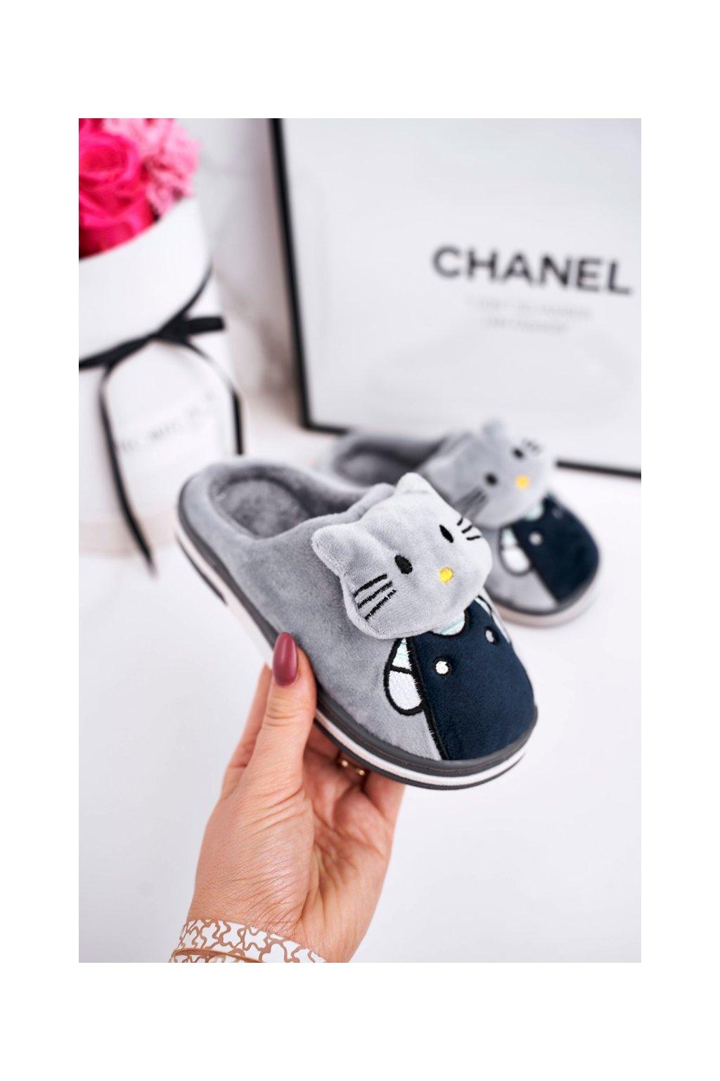 Detské šľapky farba sivá kód obuvi WG-220 GREY