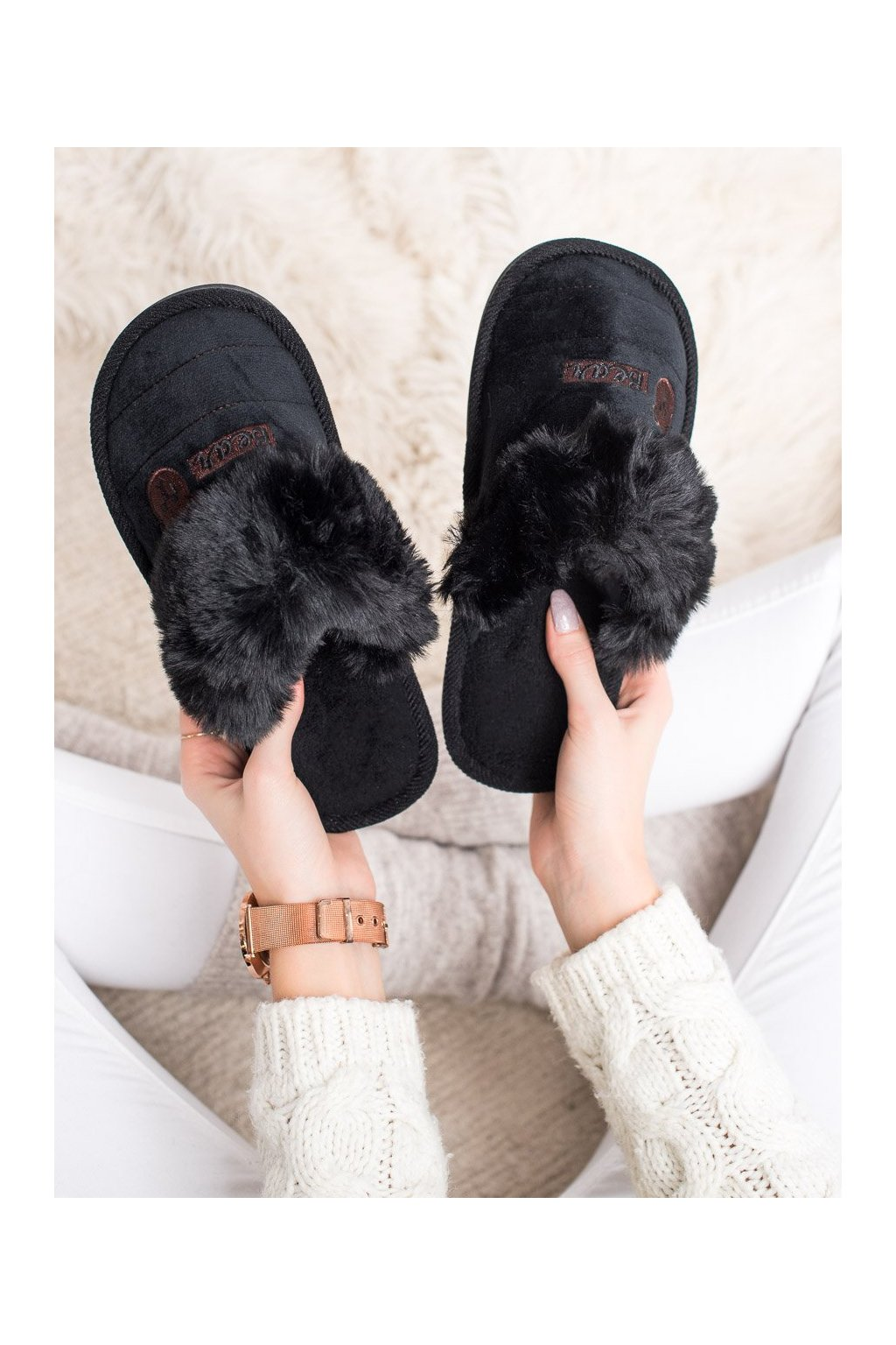 Čierne dámska obuv na doma Bona kod CJ-7B