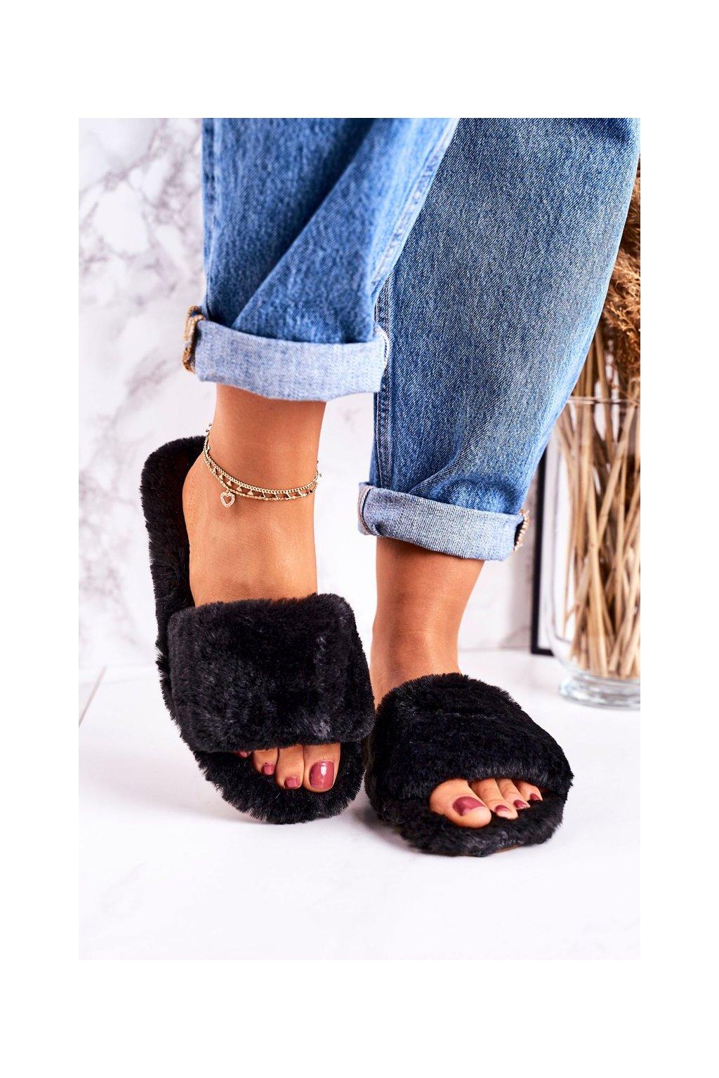 Dámske šľapky farba čierna kód obuvi W-18 BLACK