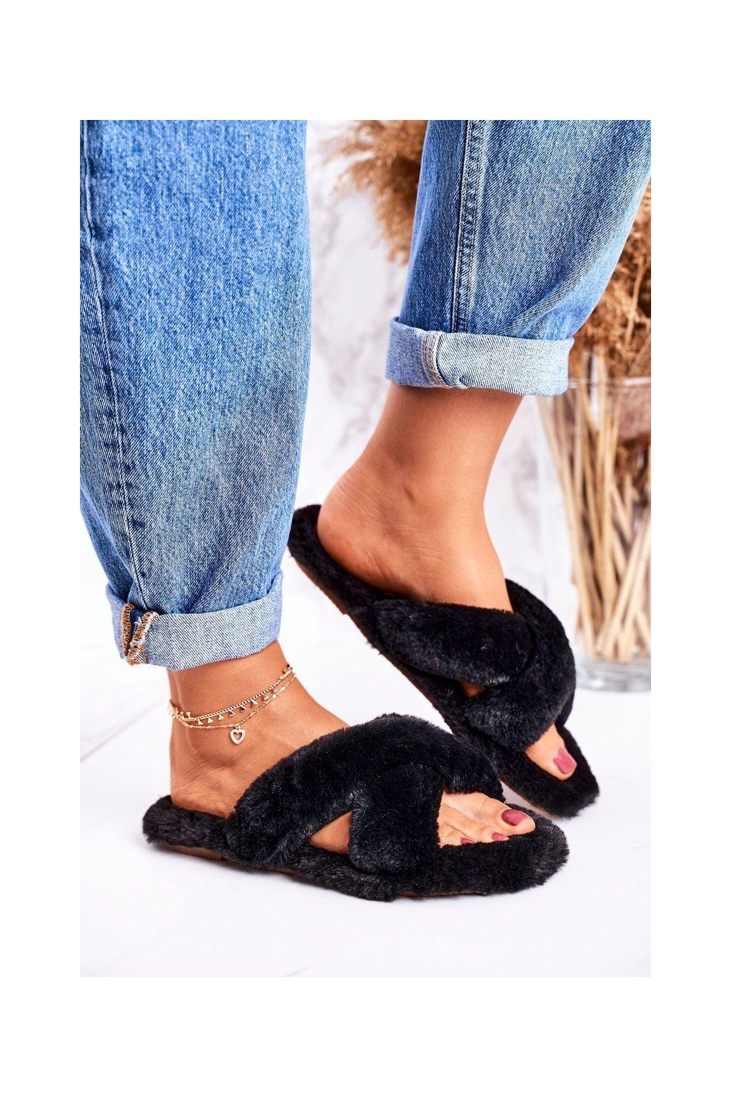 Dámske šľapky farba čierna kód obuvi W-16 BLACK