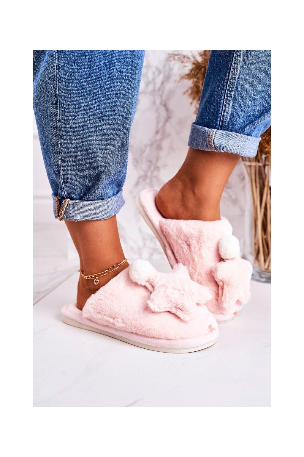 Dámske šľapky farba ružová kód obuvi D0151 LIGHT PINK