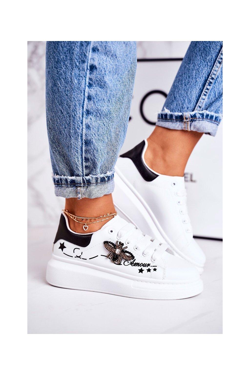 Dámske tenisky farba biela kód obuvi VIVI039 WHITE