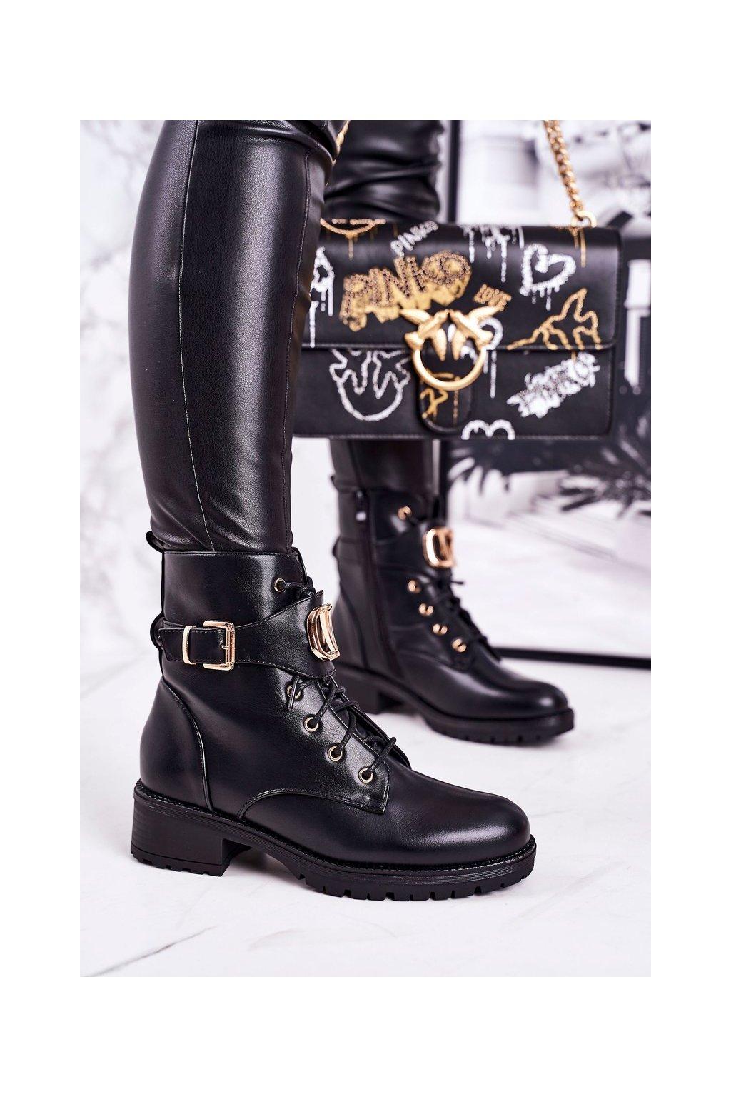Členkové topánky na podpätku farba čierna kód obuvi NC1055 BLK