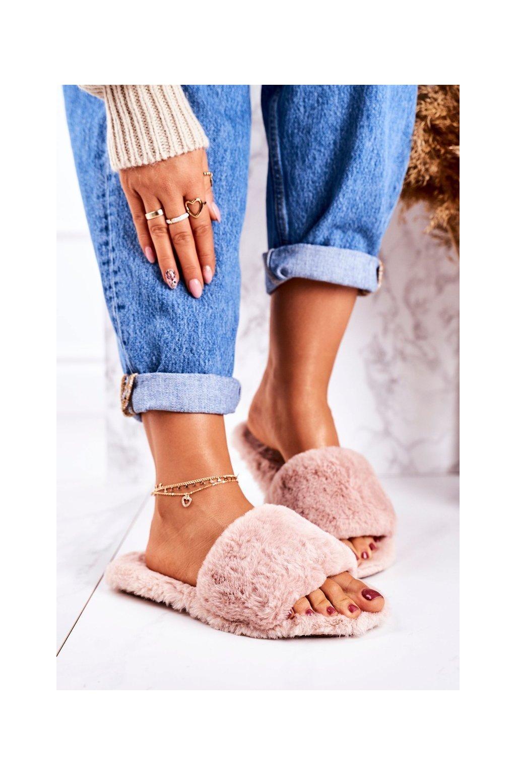 Dámske šľapky farba ružová kód obuvi W-18 PINK