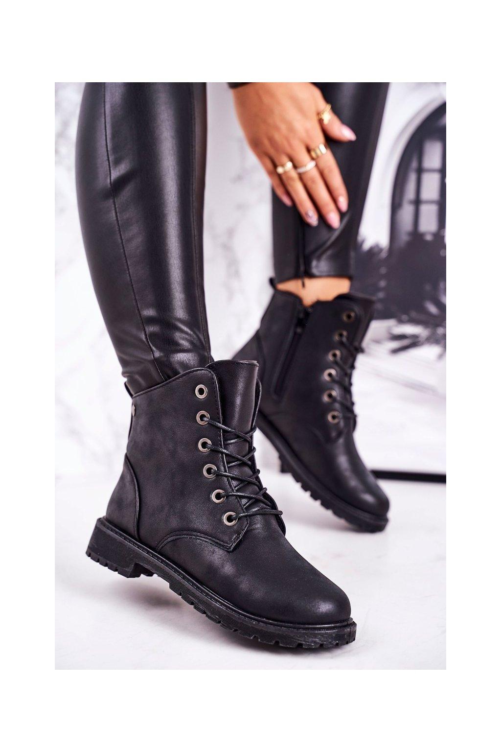Členkové topánky na podpätku farba čierna kód obuvi TL32-1 BLACK