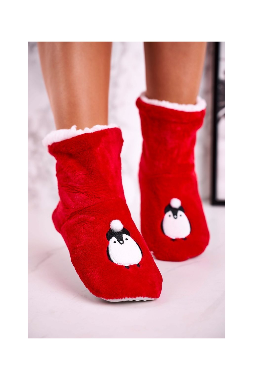 Dámske šľapky farba červená kód obuvi NM1900 PENGUIN