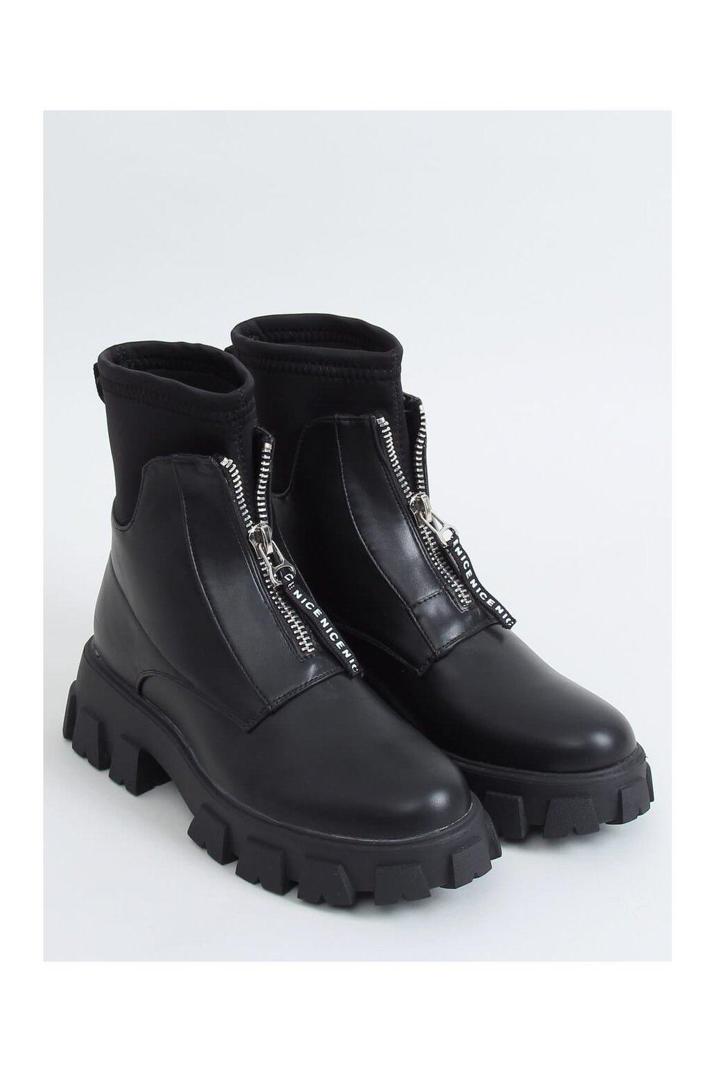 Dámske členkové topánky čierne na plochom podpätku NS155-1