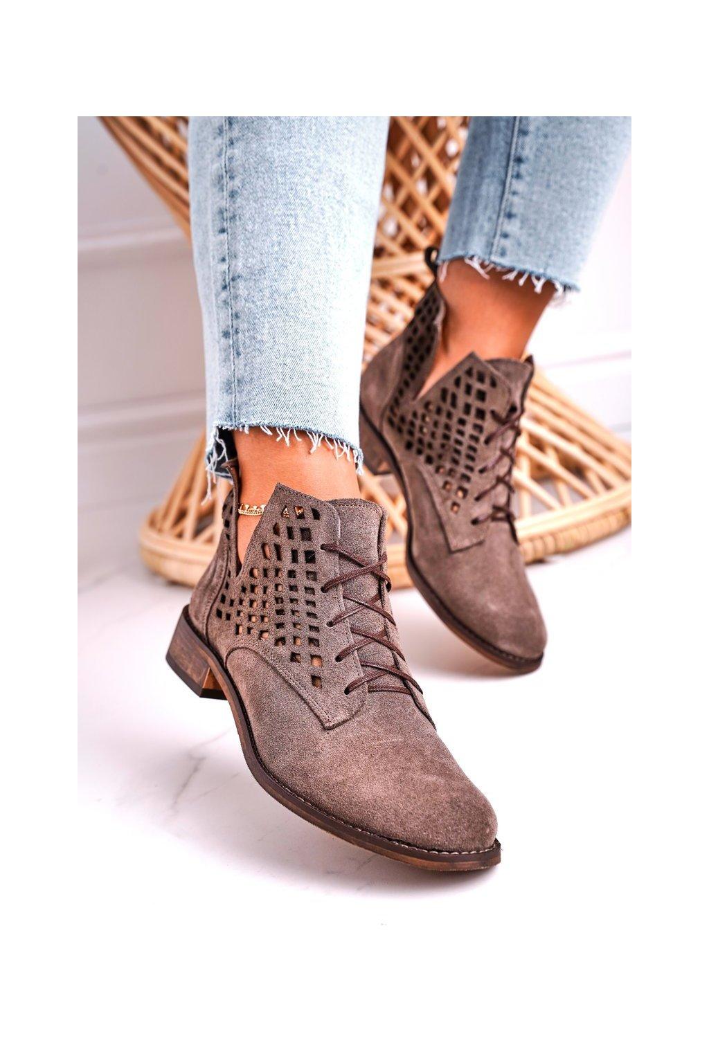 Členkové topánky na podpätku farba hnedá kód obuvi 2628/032 BROWN