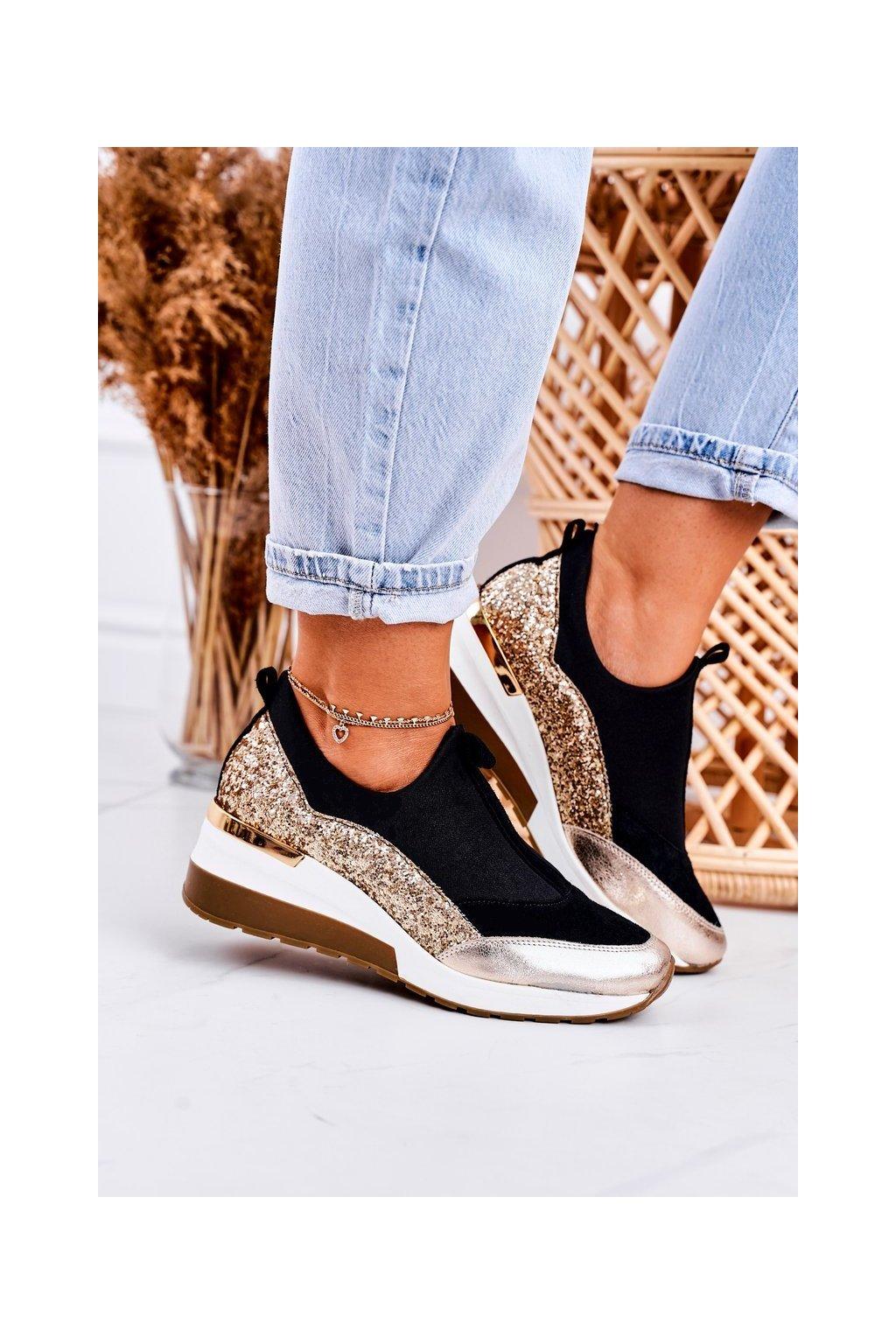 Dámske tenisky farba čierna kód obuvi 2574 BLK/GOLD