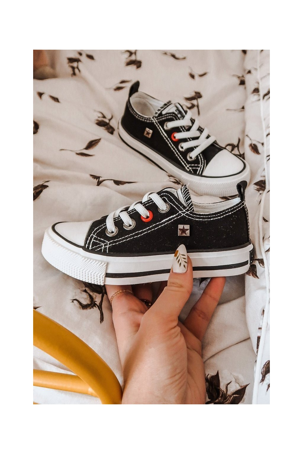 Detské tenisky farba čierna kód obuvi HH374090 BLACK