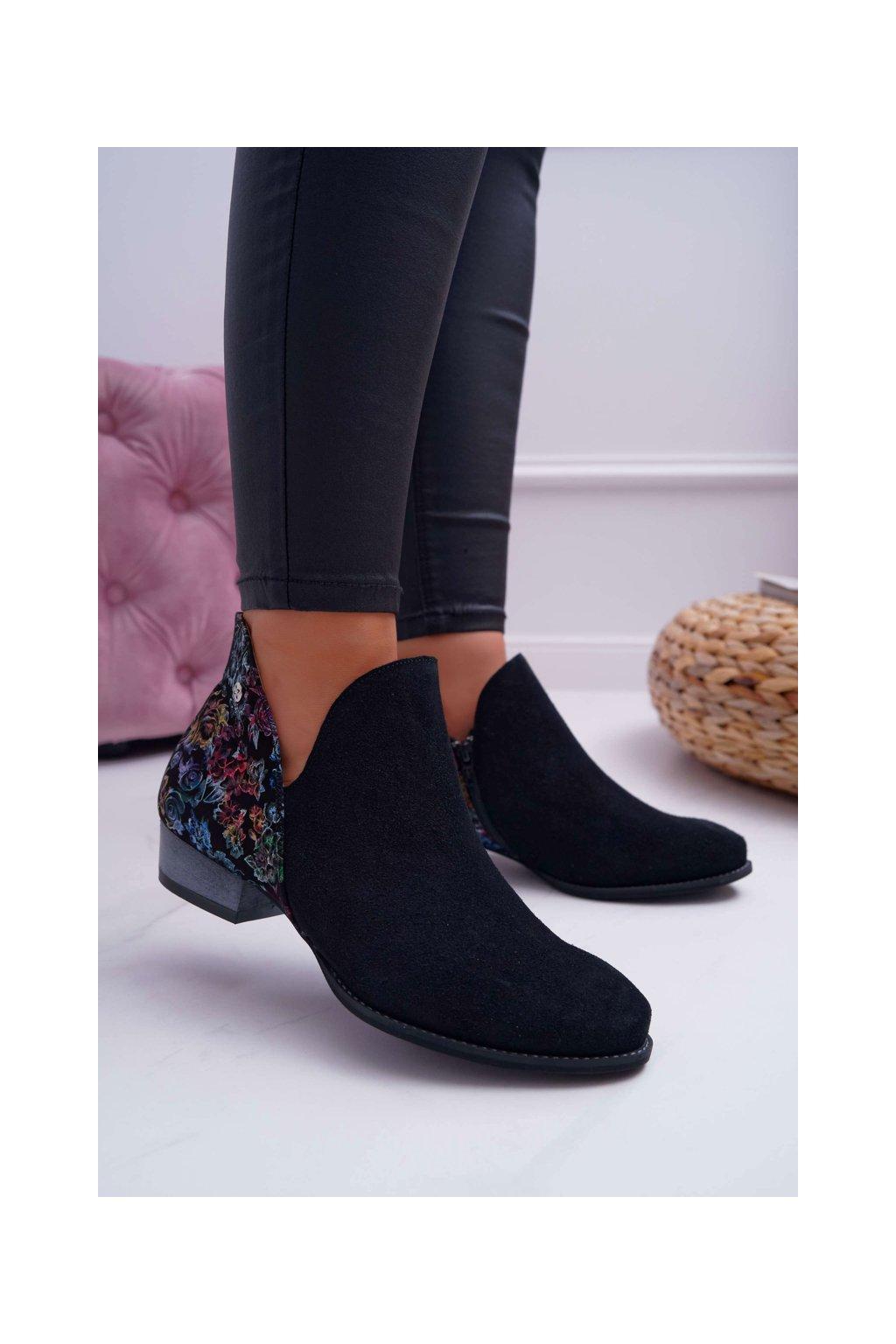Členkové topánky na podpätku farba čierna NJSK 04091-57 BLK KWIATY
