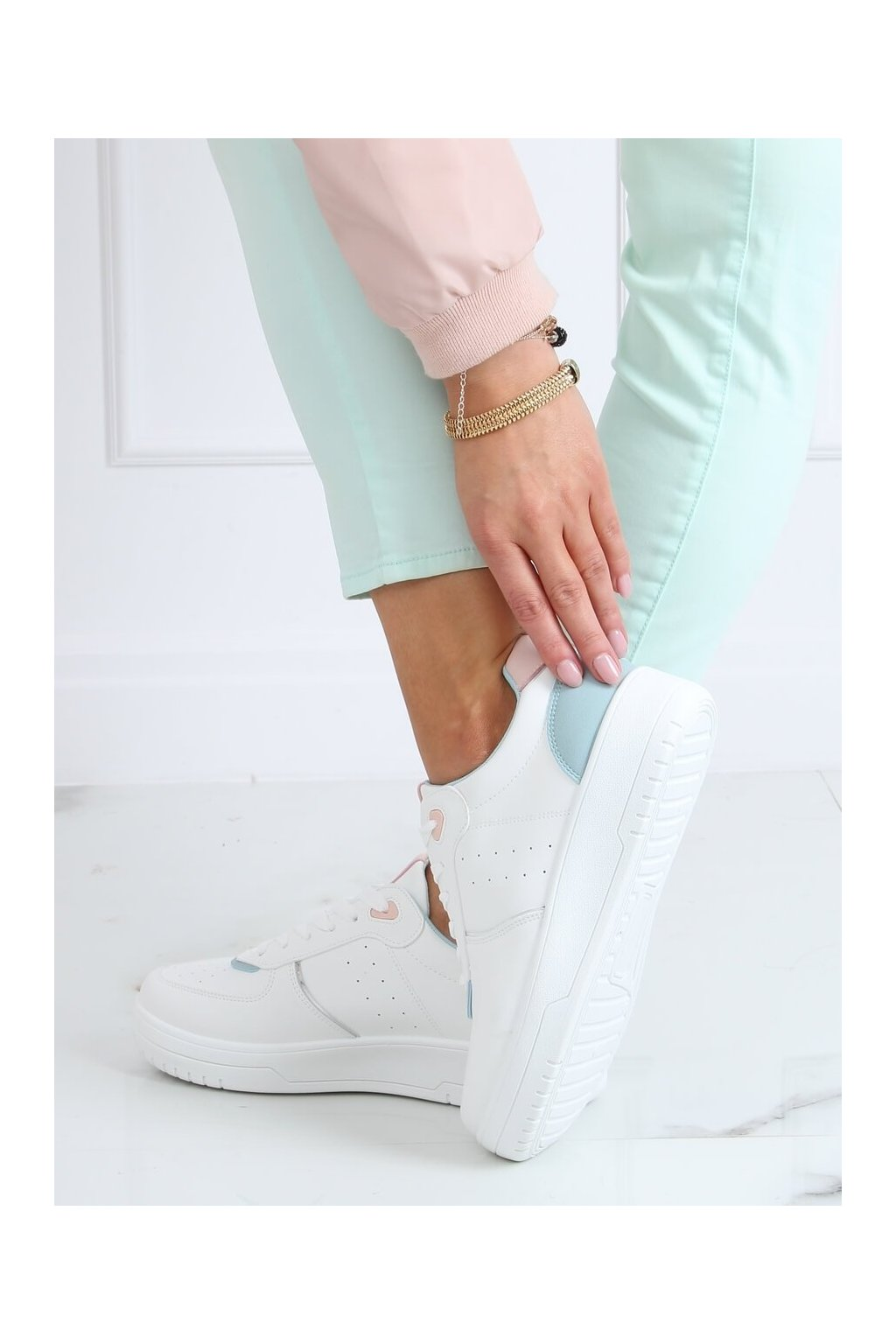 Dámske tenisky biele BL218P