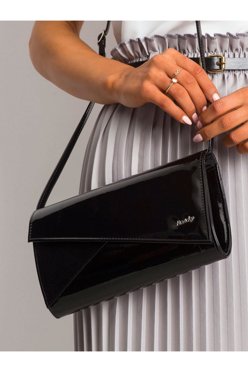 Listová kabelka čierna kód W65-ex-100/W.32P