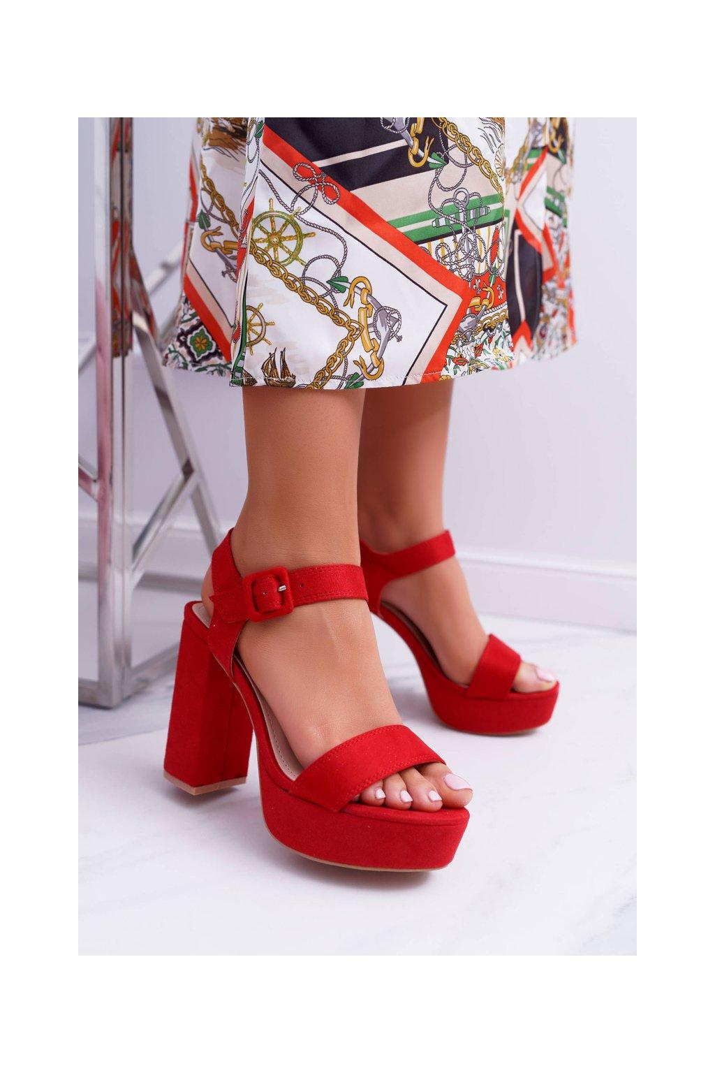 Dámske Sandále na podpätku červené LaMondes NJSK 66-33 RED