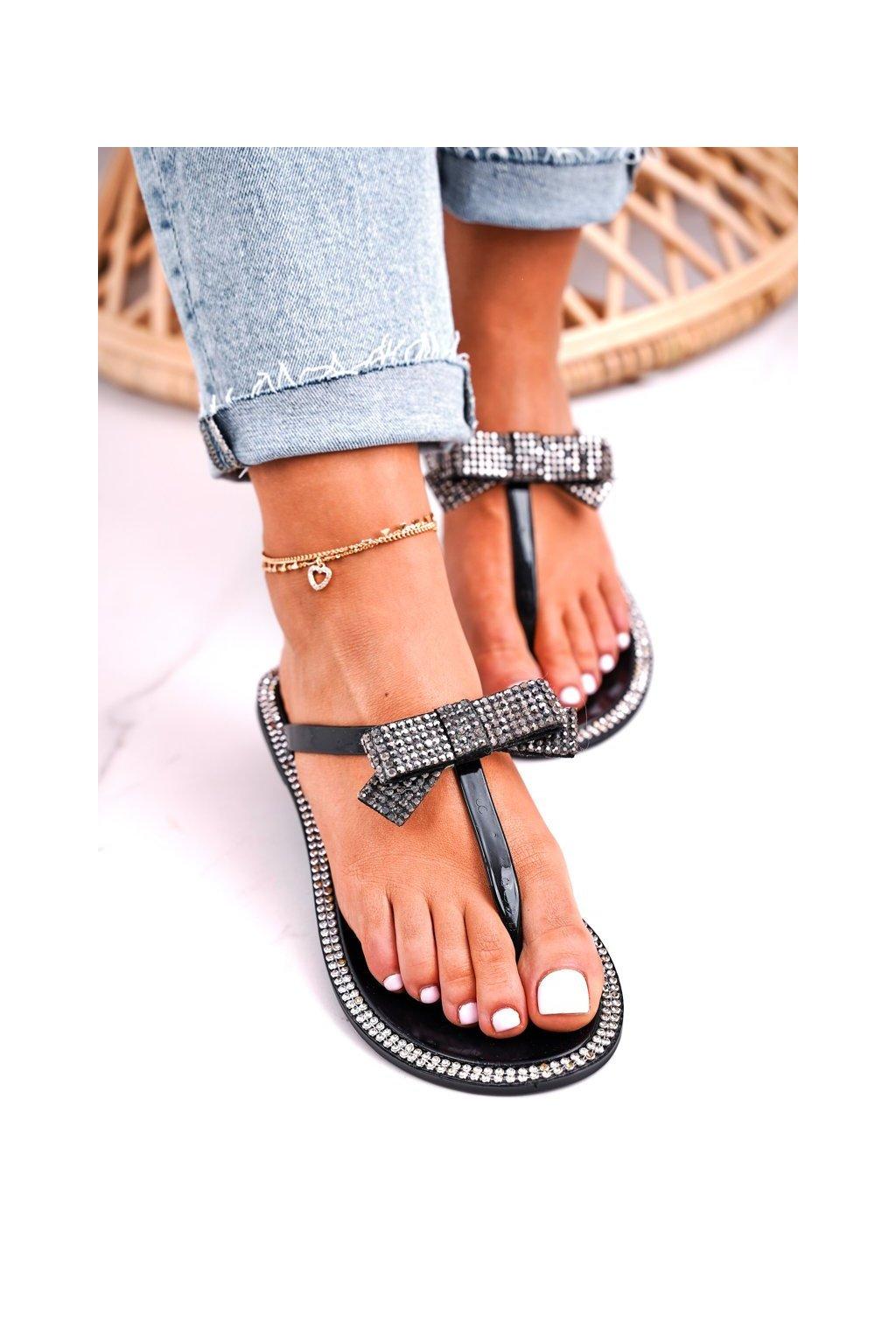 Dámske šľapky farba čierna kód obuvi N0-301 BLK