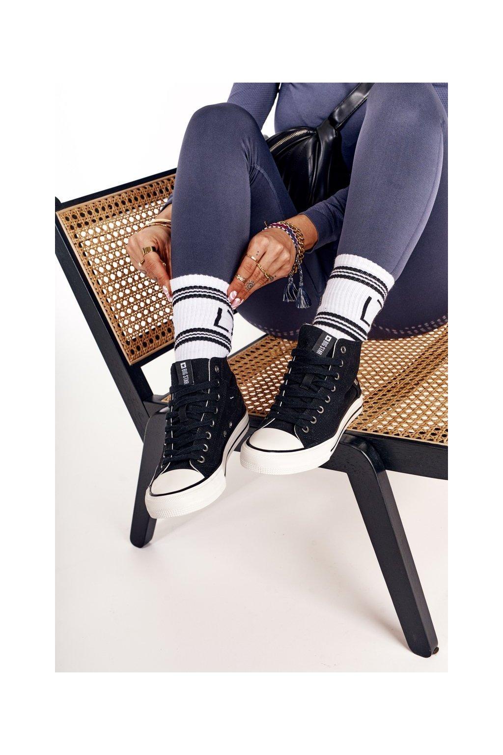 Dámske tenisky farba čierna kód obuvi DD274330 BLACK