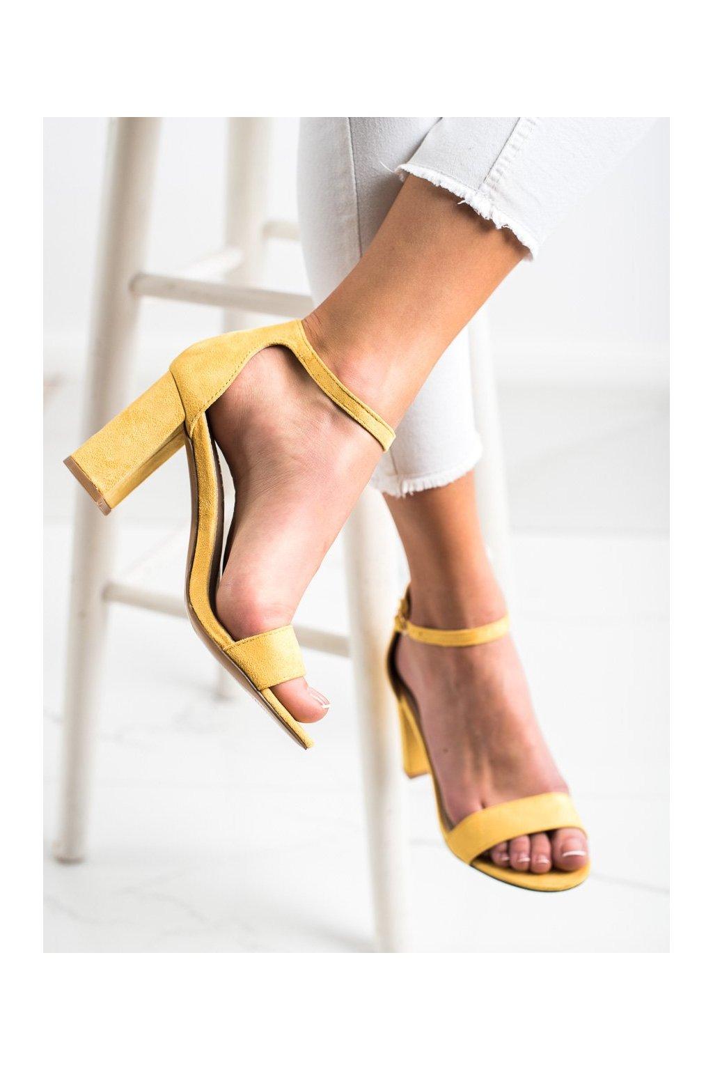 Žlté sandále na podpätku Sabatina kod DM19-45Y
