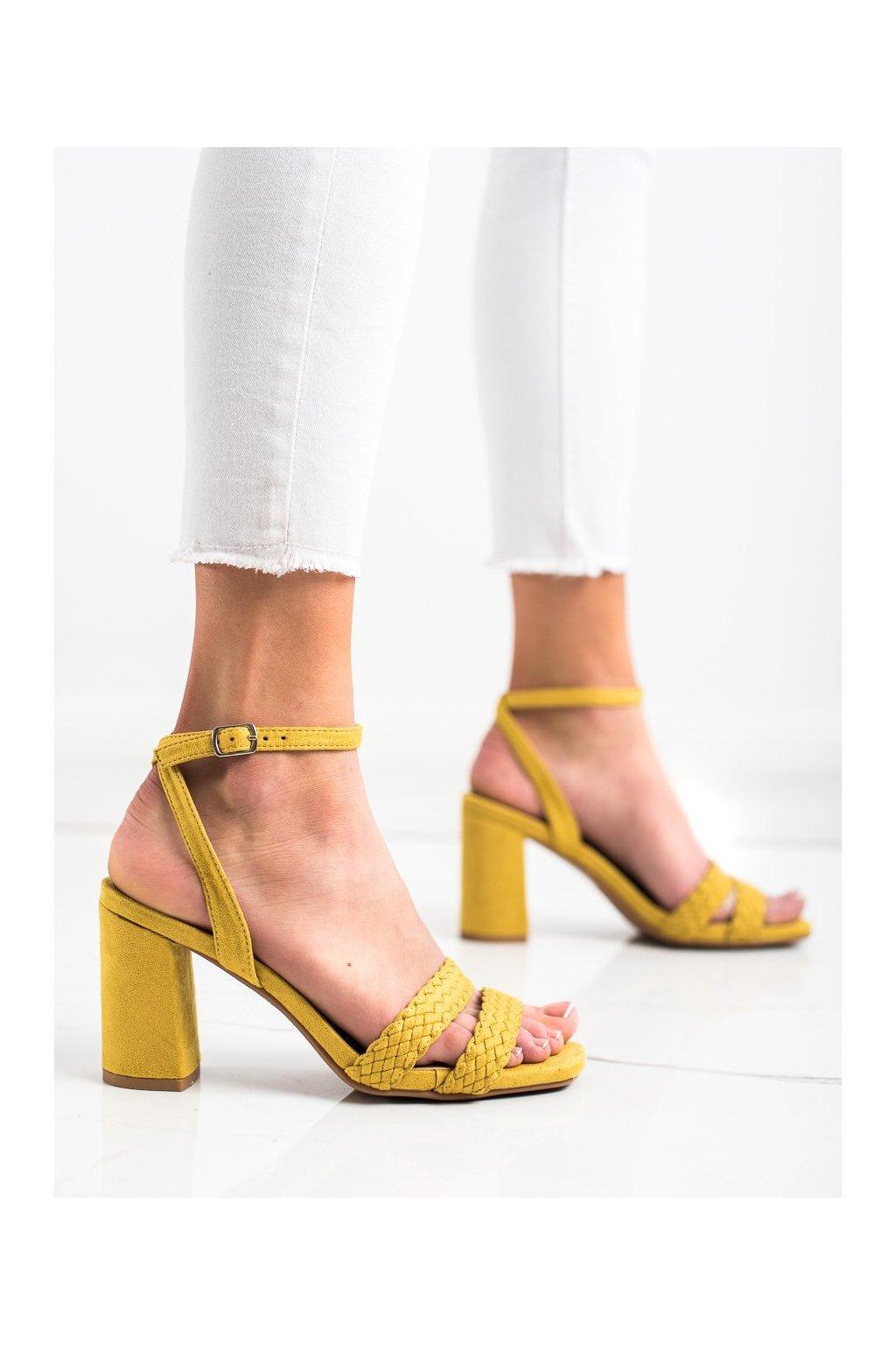 Žlté sandále na podpätku Kylie kod K2012501AMA