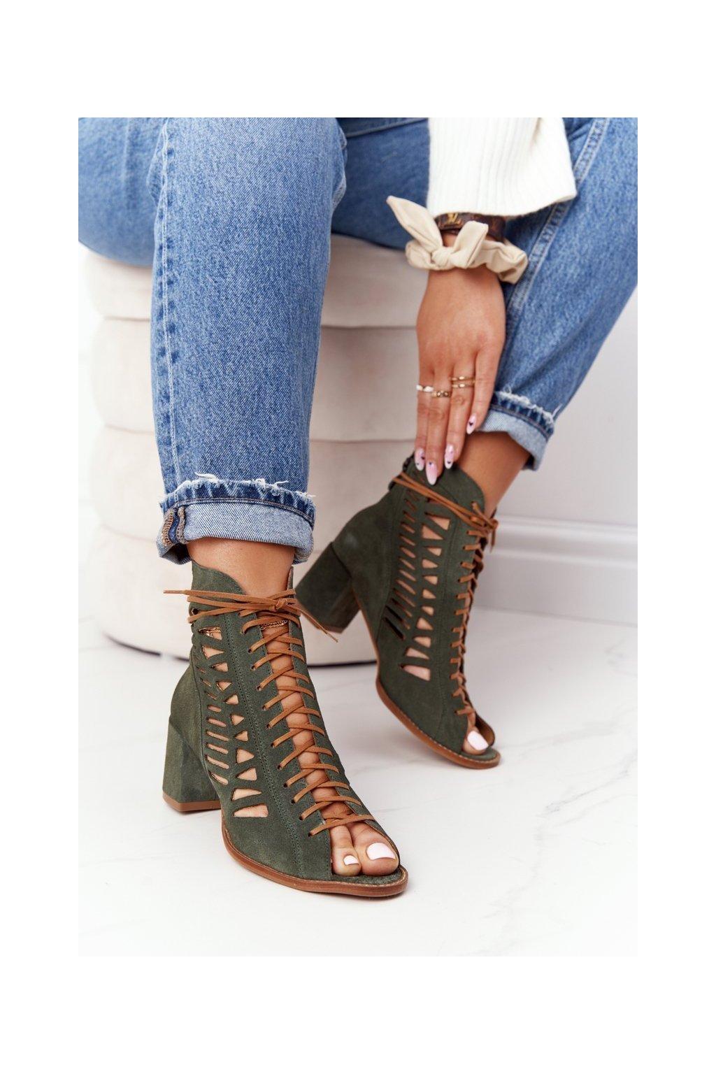 Členkové topánky na podpätku farba zelená kód obuvi 04040-09/00-5 GREEN