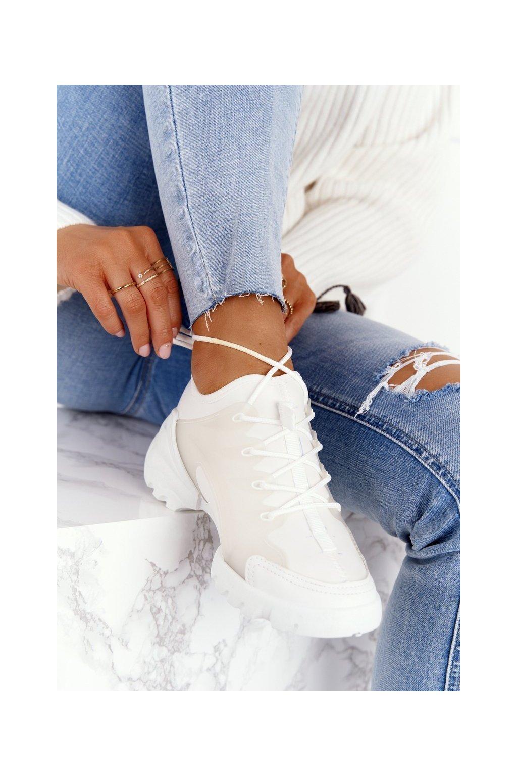 Dámske tenisky farba biela kód obuvi LA126P WHITE