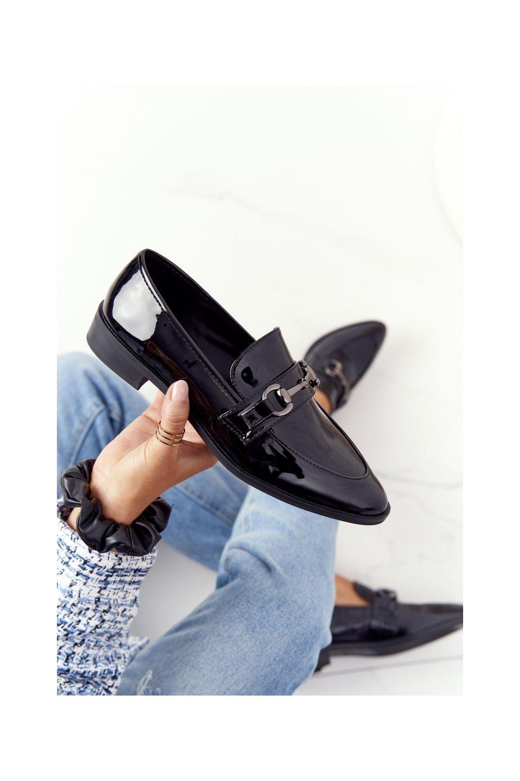Dámske mokasíny farba čierna kód obuvi 011-2 BLK LAKIER