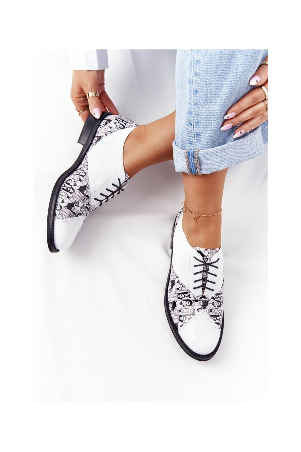 Dámske poltopánky farba biela kód obuvi 7439294/CZA BIANCO+LUD