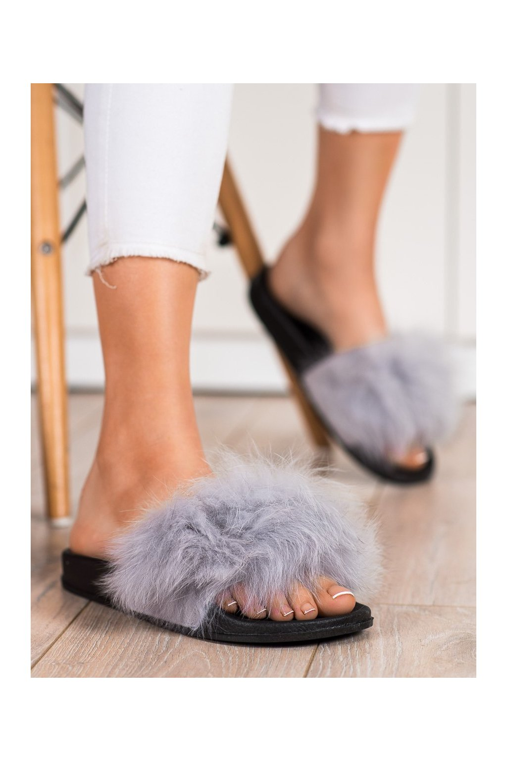 Sivé dámska obuv na doma Bona kod RS-45G