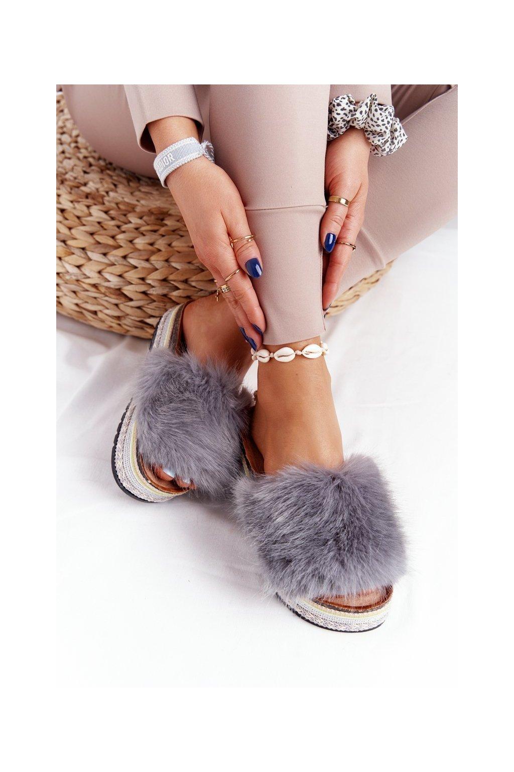 Dámske šľapky farba sivá kód obuvi CK170 GREY