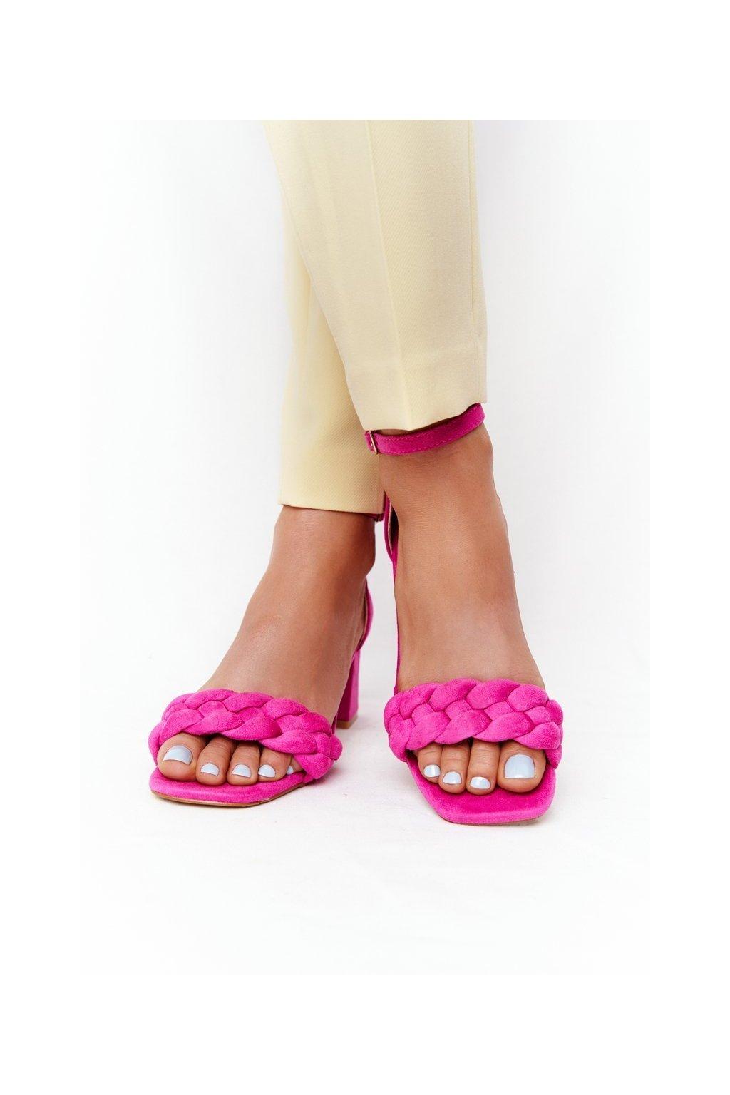 Dámske sandále na podpätku farba ružová kód obuvi GG-102P FUCHSIA