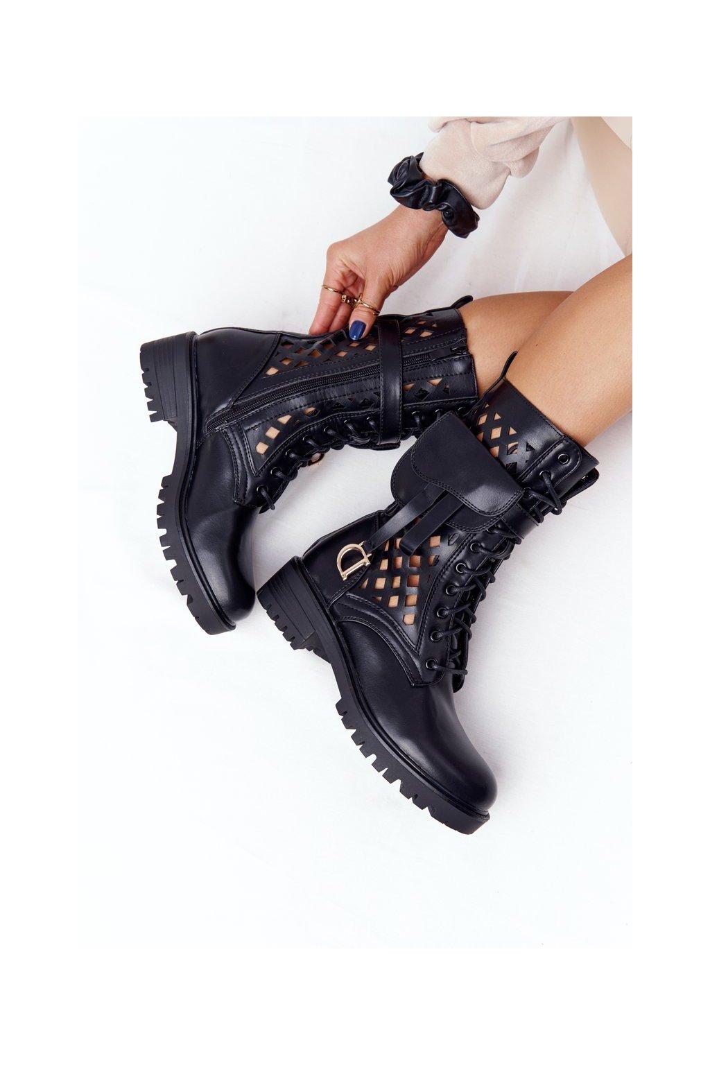 Členkové topánky na podpätku farba čierna kód obuvi NC1125 BLK