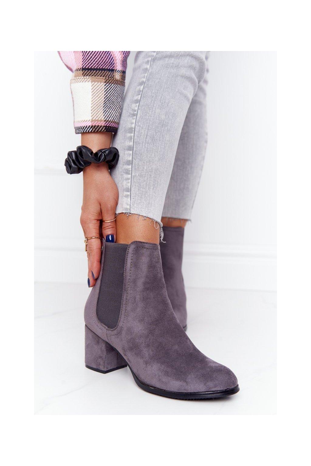 Členkové topánky na podpätku farba sivá kód obuvi A8289-3/A GREY