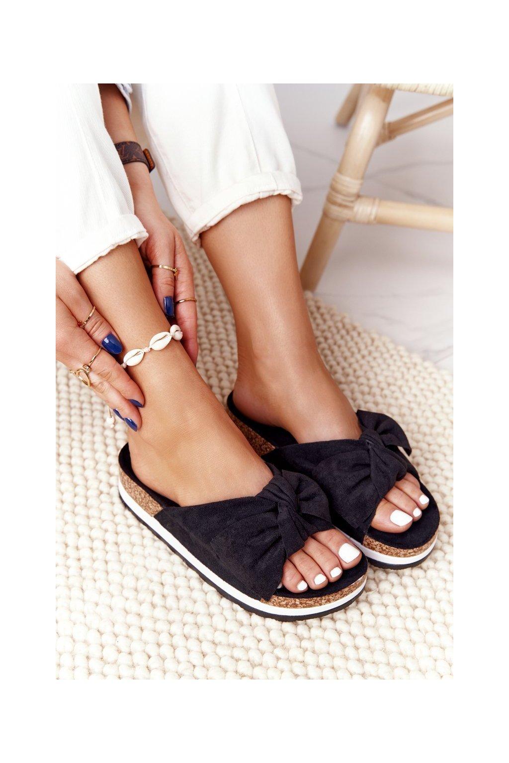 Dámske šľapky farba čierna kód obuvi CK173P BLK