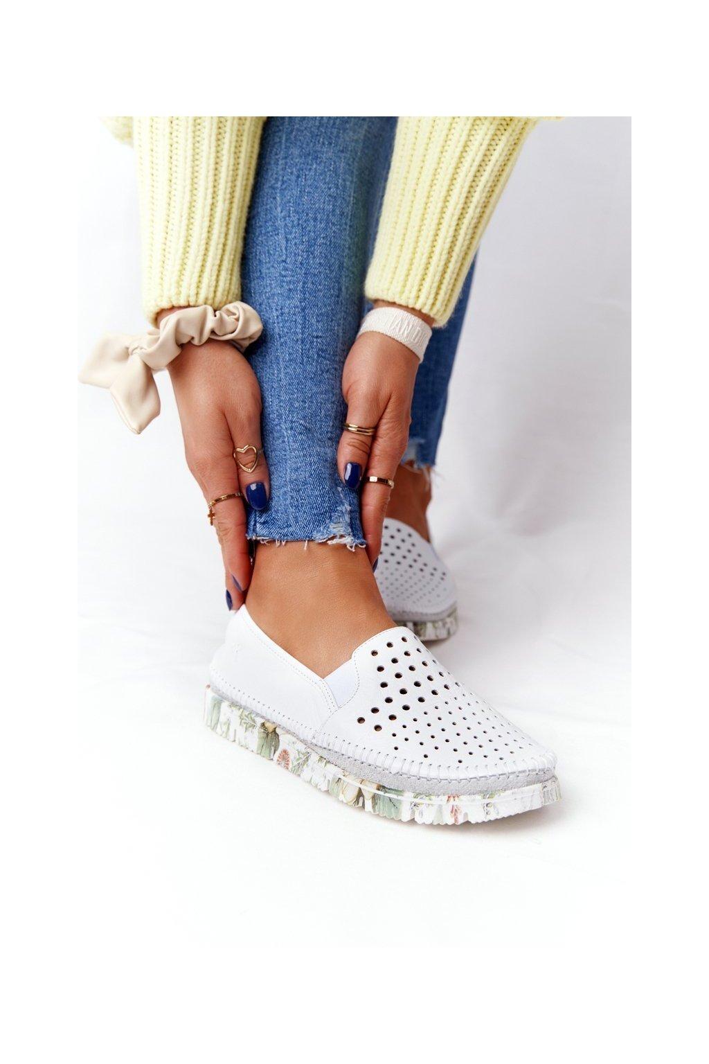 Dámske poltopánky farba biela kód obuvi 03512B-11/00-0 BIAŁY