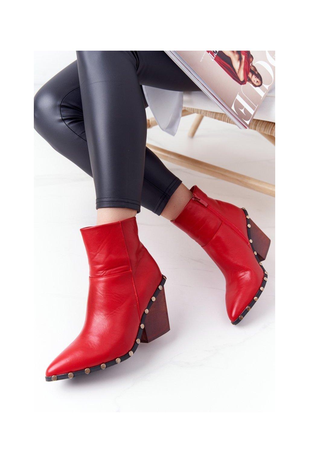 Členkové topánky na podpätku farba červená kód obuvi XW37267 RED
