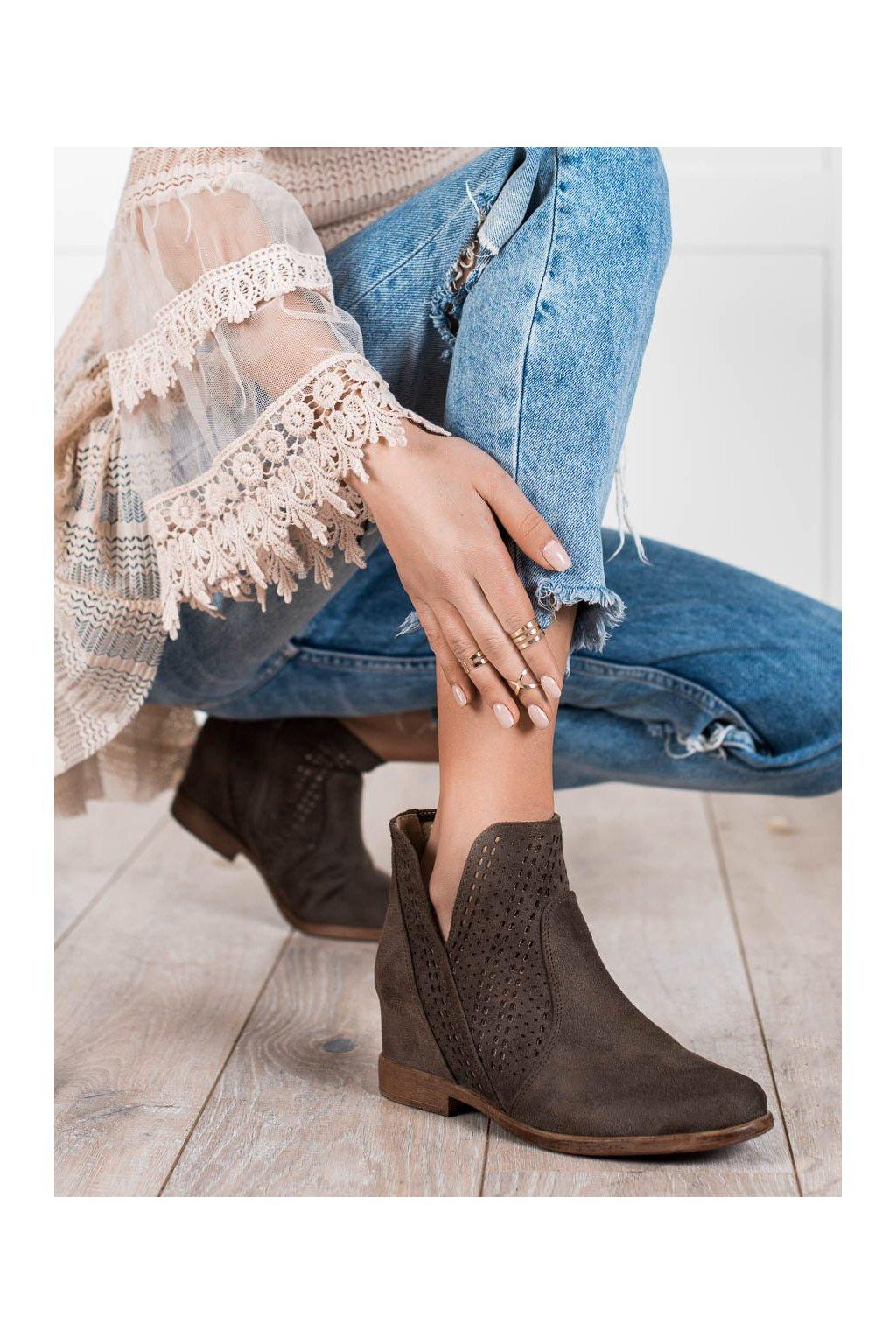 Hnedé dámske topánky Filippo kod DBT2070/21BR