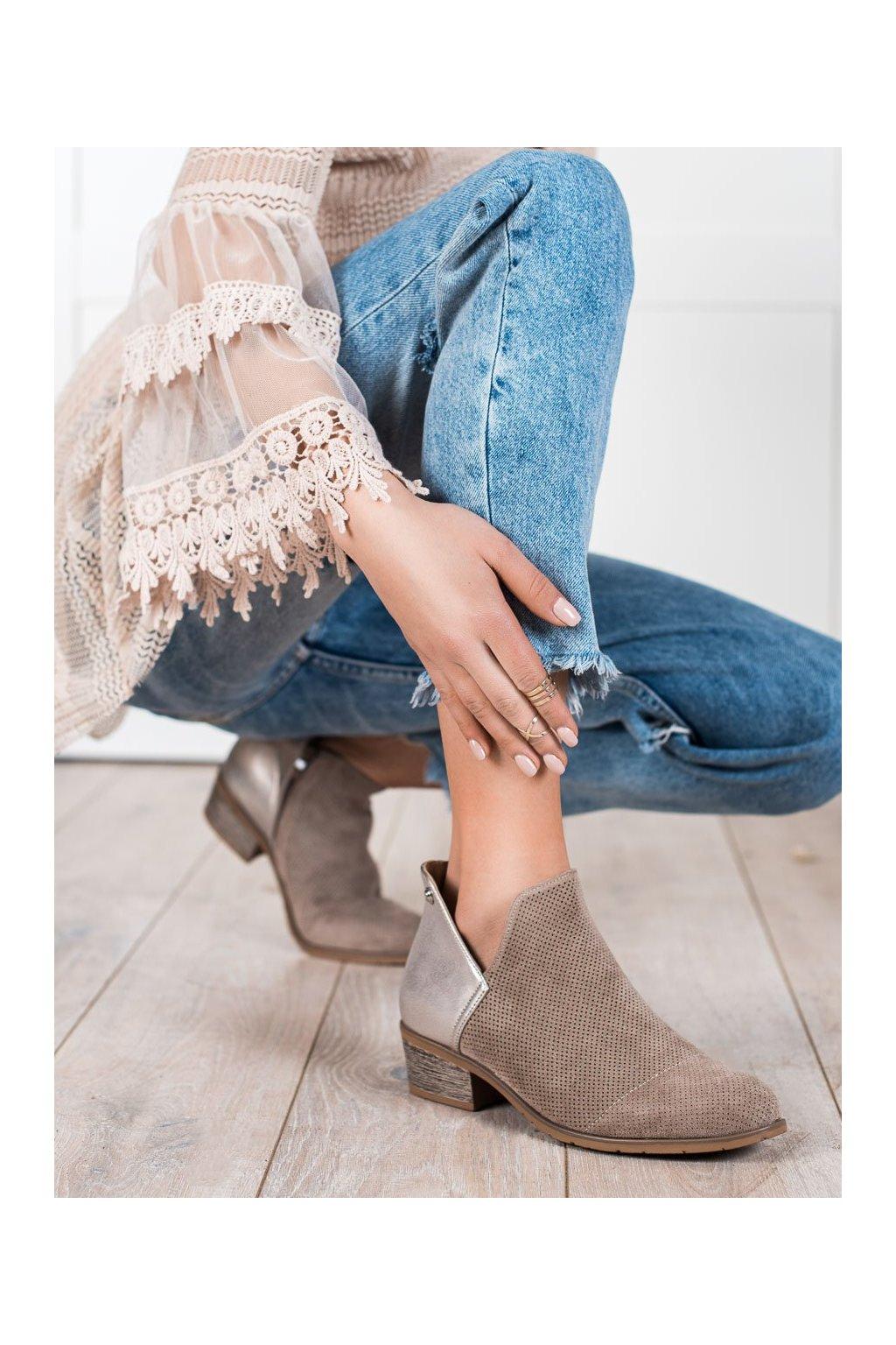Hnedé dámske topánky Filippo kod DBT2071/21BE