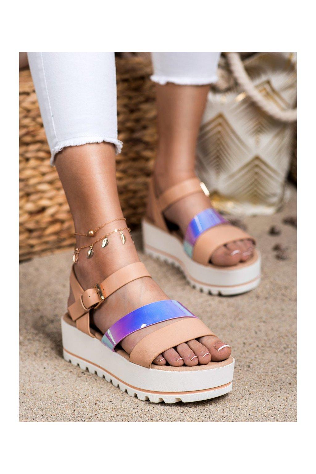 Hnedé sandále na platforme Weide kod YL71-37NU
