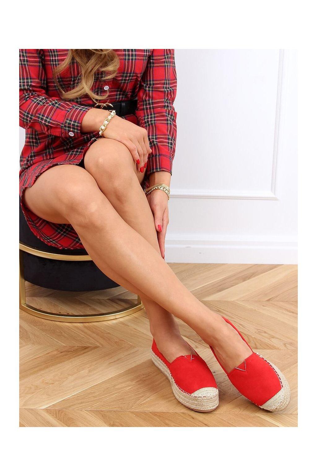 Dámske sandále červené na plochom podpätku AB-79