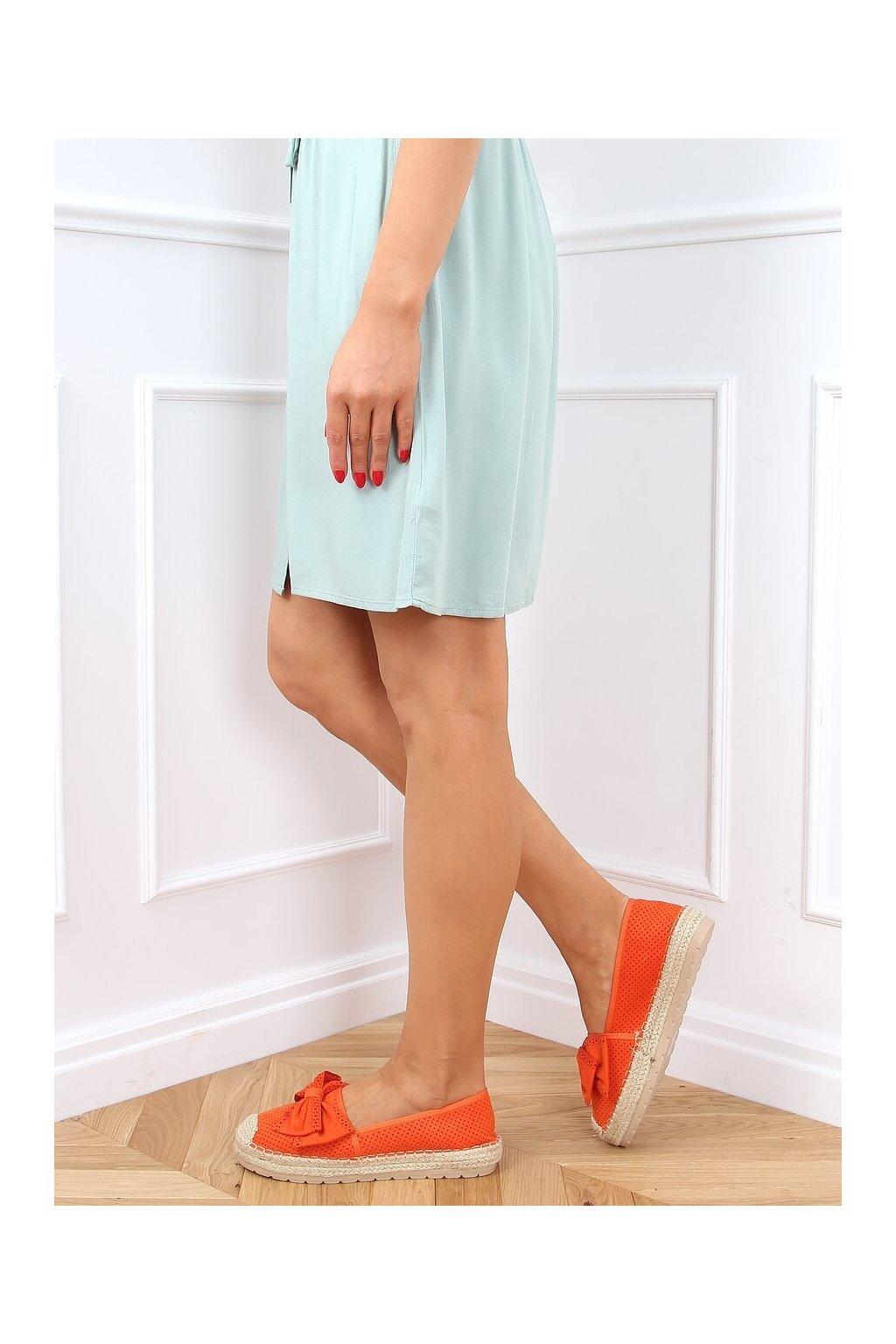 Dámske sandále oranžové na plochom podpätku J131-22
