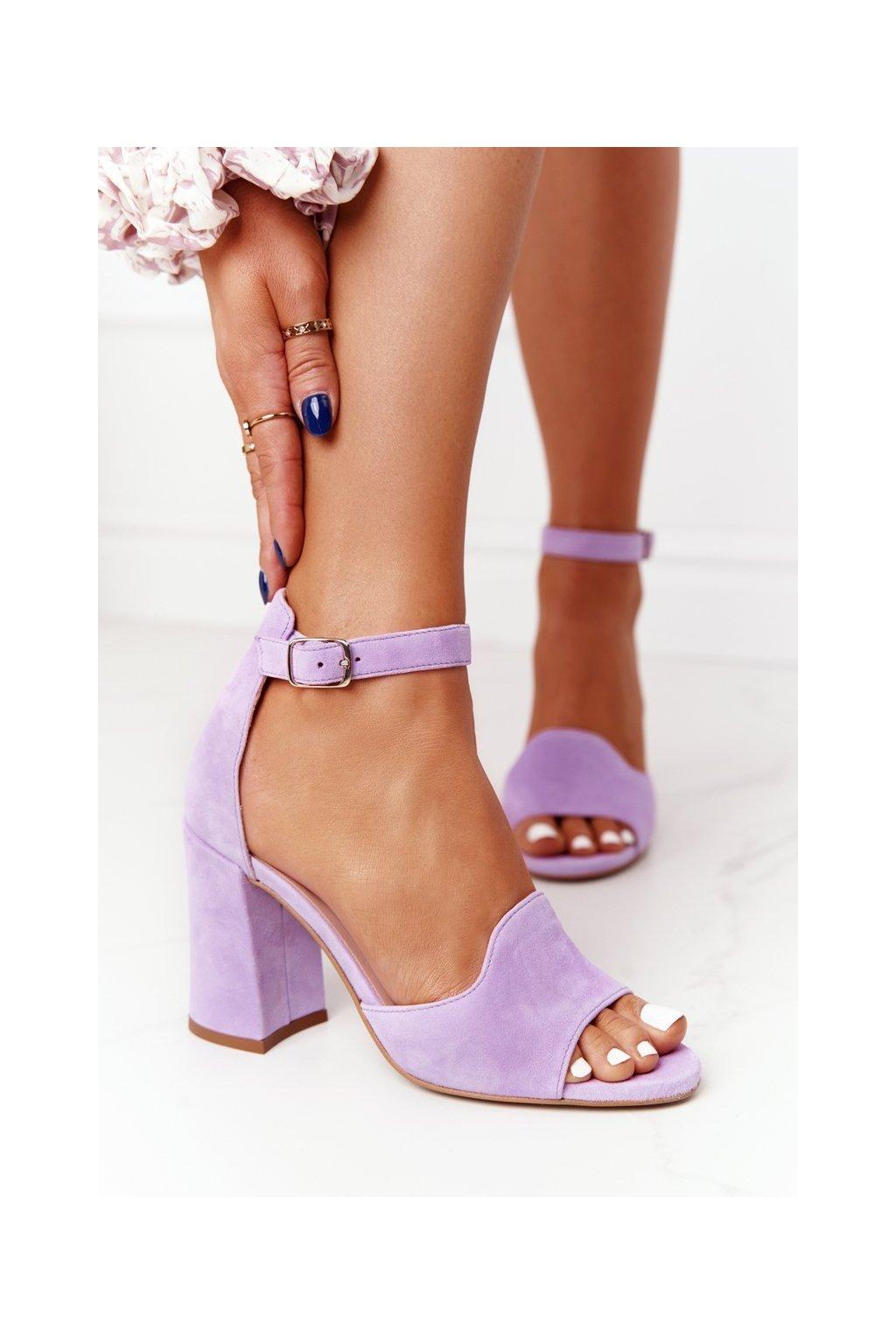 Dámske sandále na podpätku farba fialová kód obuvi 4361537/477 MALVA / FIOLET
